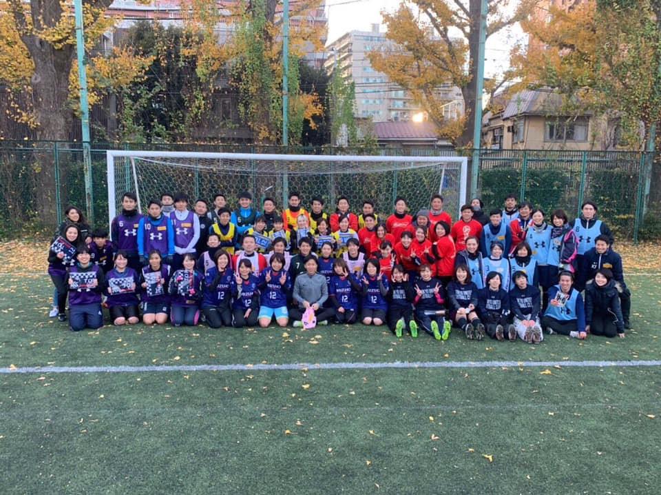 東京ユナイテッドFCと文京LBレディースの集合写真