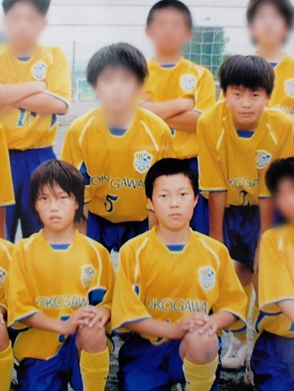 中段右 井上選手、下段左から 岡庭選手、小笠原選手